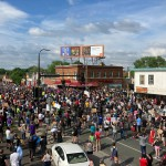 Morte afroamericano a Minneapolis, proteste contro la violenza della polizia