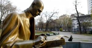 statua-montanelli-milano-1200-690x362