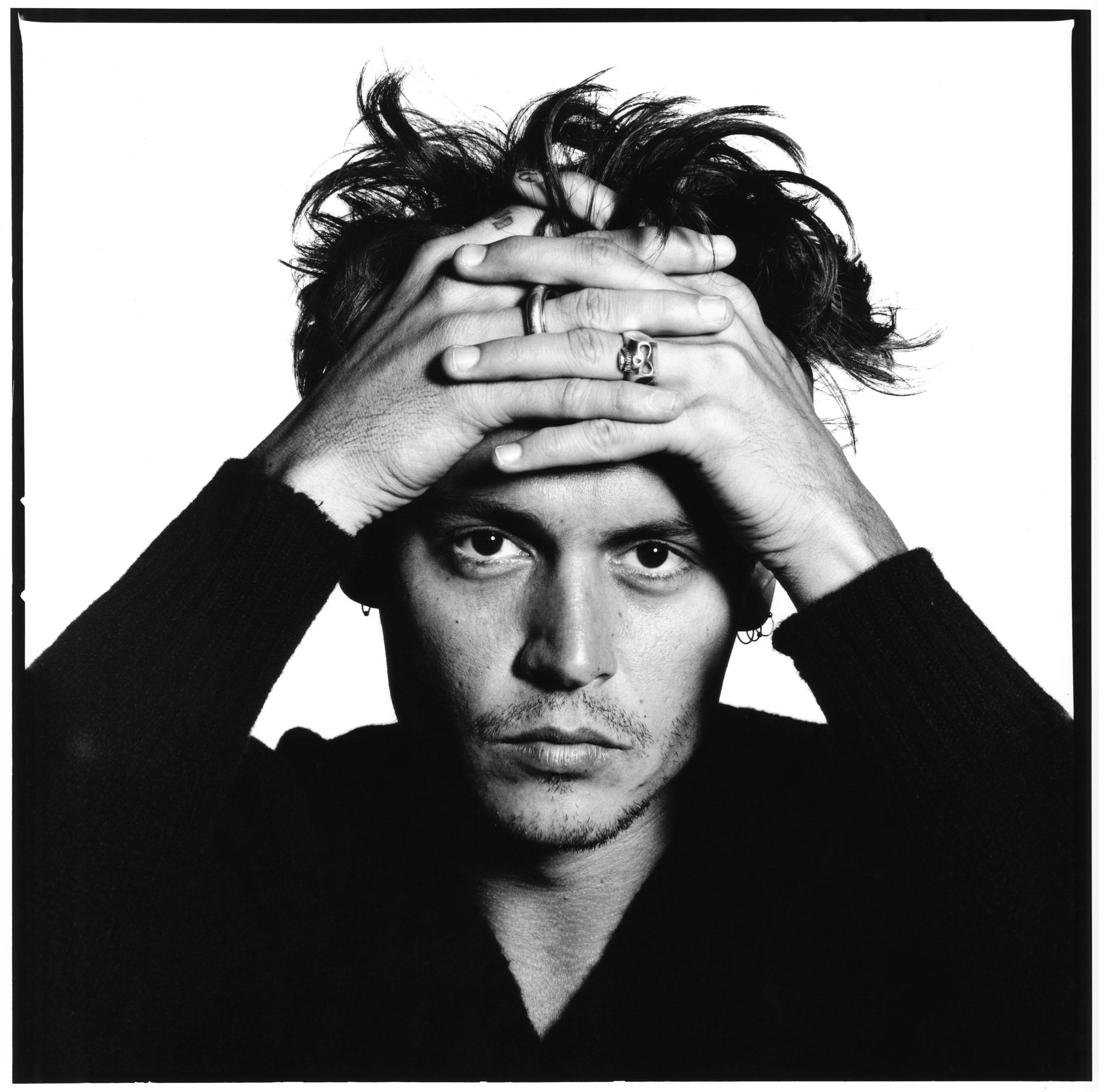 Johnny-Depp-1995-®-David-Bailey