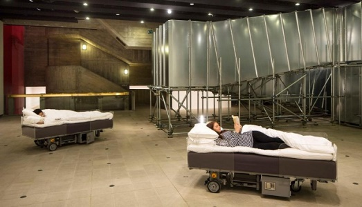 two-bed-carsten-holler
