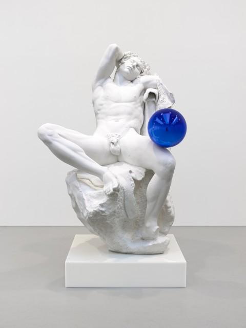 Jeff-Koons-Gazing-Ball-Barberini-Faun-480x639