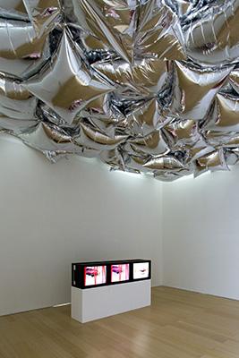 Sturtevant-Sturtevant-–-veduta-della-mostra-presso-il-Museo-Madre-Napoli-2015-photo-Amedeo-Benestante-