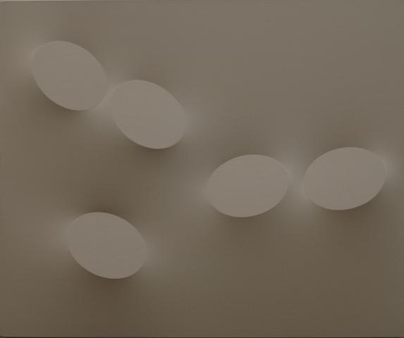 t-simeti-cinque-ovali-color-sabbia-2008-acrilico-su-tela-sagomata-100x120