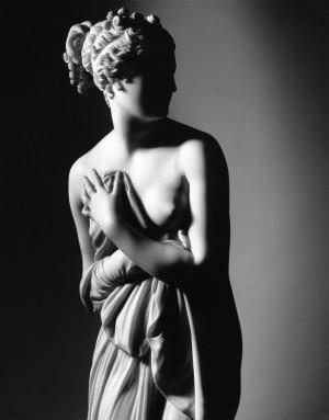 statua-venere-luce
