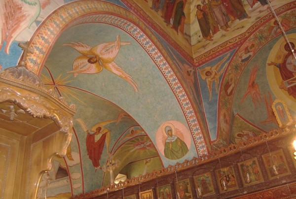 Frescos_in_Saint_Elian_Church_-_Hims_Syria-800-600x404