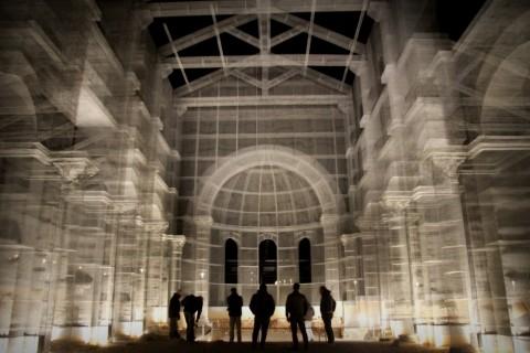 Linstallazione-di-Edoardo-Tresoldi-per-la-Basilica-paleocristiana-di-Siponto-©-Giacomo-Pepe-2-480x320