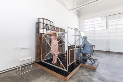 Edward-Nancy-Reddin-Kienholz-Bout-Round-Eleven-1982-Fondazione-Prada-Milano-2016-photo-Delfino-Sisto-Legnani-Studio-480x320