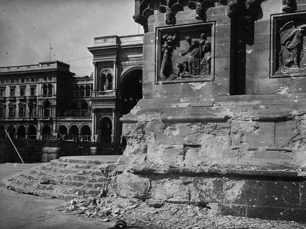56489-Archivio_della_Veneranda_Fabbrica_-_Antonio_Paoletti_Danni_dei_bombardamenti_agosto_1943