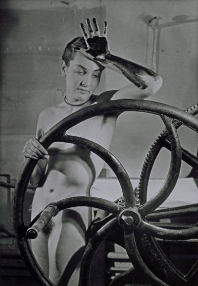 11. M. Ray_Erotique voilC e_1933(1)