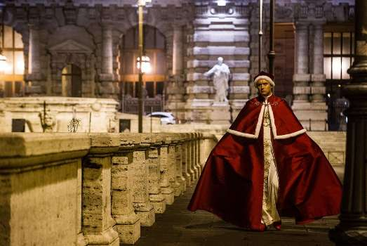 The-young-Pope-mostra-Sorrentino-2