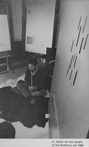 6440 - Vermi nel suo studio di Via Solferino - 1966(1)