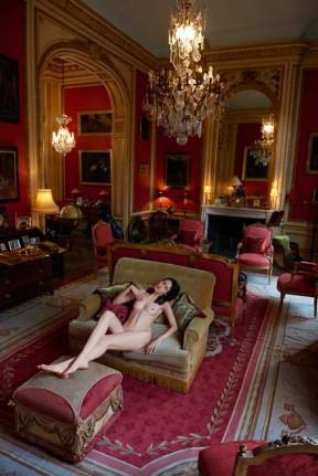 4_Sonia-Sieff_Femme-lacsive_Paris-2014_copyright-Sonia-Sieff_courtesy-IMMAGIS