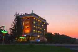 hotel.jpg_1954755230