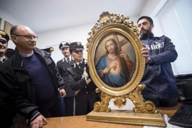 Furto in Chiesa Nuova a Roma, ritrovato quadro