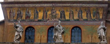 1280px-Exterior_Mosiac_of_Santa_Maria_Trastevere