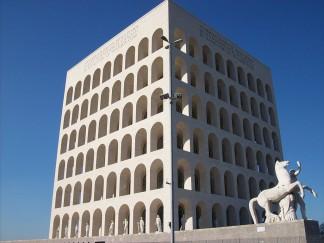 20110307_Roma_Palazzo_della_Civiltà_Italiana_fronte_-_lato_sx