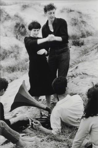 006_Gianni-Berengo-Gardin_Domenica-di-settembre_1958