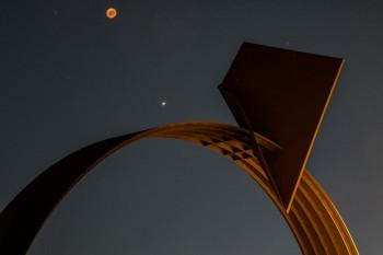 Carlo Lorenzetti - Arc en Ciel -  photo by Feliciano Martinelli 27.7.18 eclissi Luna e Marte