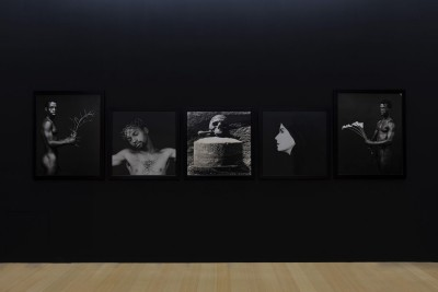 madre-napoli_robert-mapplethorpe_7-1400x933