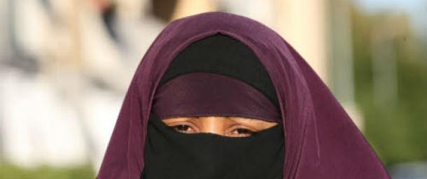 Francia-donna-multata-per-niqab
