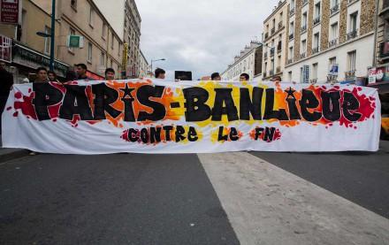 paris-banlieue-aubervilliers-protest-front-national-ap-img