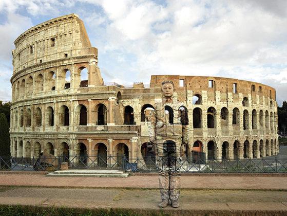 liu-bolin_-Colosseo-No.2-559x420