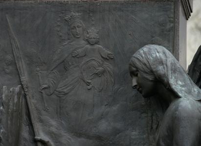 11-EstatuaDB