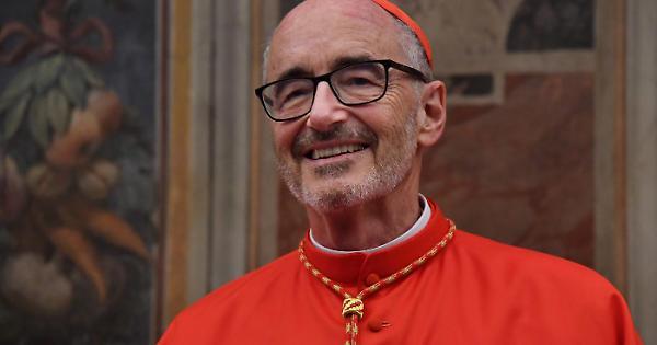 1570362912359.jpg--il_nuovo_cardinale_ultra_dei_migranti__cosa_spuntanel_suo_stemma___guarda