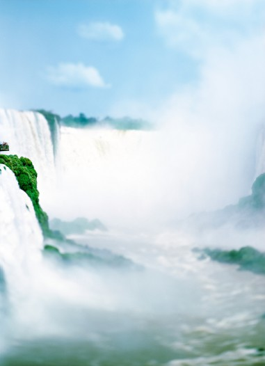 M27-The-Waterfall-Project-Iguazu-Argentina-Brasil-2007.