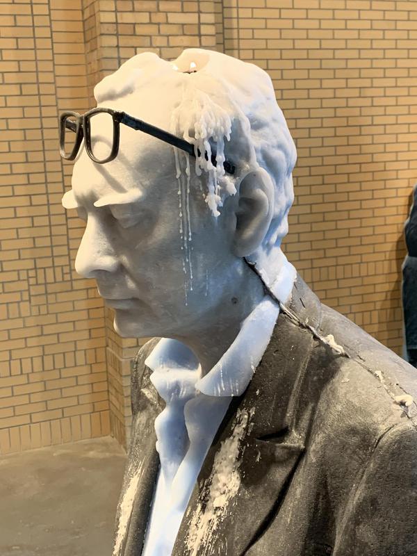 Giambologna di Fischer brucia alla Brant Foundation