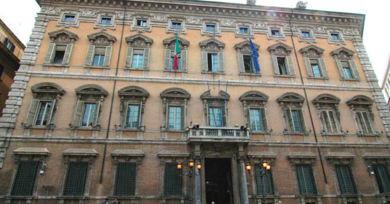 04_Senato-Repubblica_01-1024x660-800x420