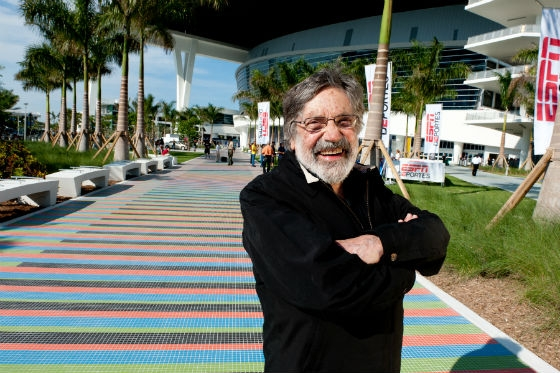 Carlos-Cruz-Diez-at-the-Miami-Marlins-Ballpark-Stadium-©-Atelier-Cruz-Diez-Rolando-de-la-Fuente