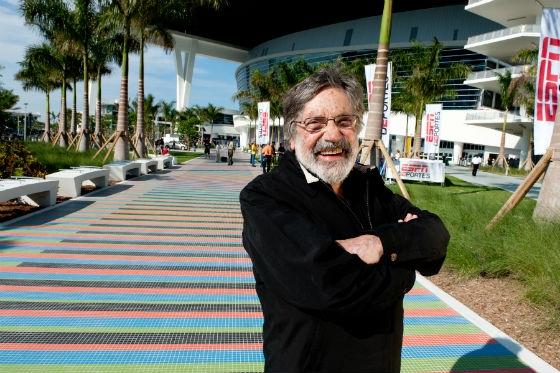 Carlos-Cruz-Diez-at-the-Miami-Marlins-Ballpark-Stadium-©-Atelier-Cruz-Diez-Rolando-de-la-Fuente