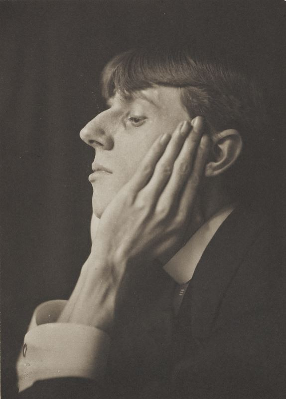 Frederick-Evans-Portrait-of-Aubrey-Beardsley-Aubrey-Beardsley-exhibition-74-1583313782