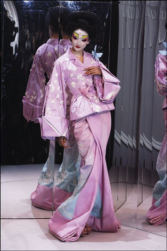 Kimono-Kyoto-to-Catwalk-Christian-Dior-Haute-Couture-Spring-Summer-2007-image-courtesy-of-Getty-Images-13-1582905798
