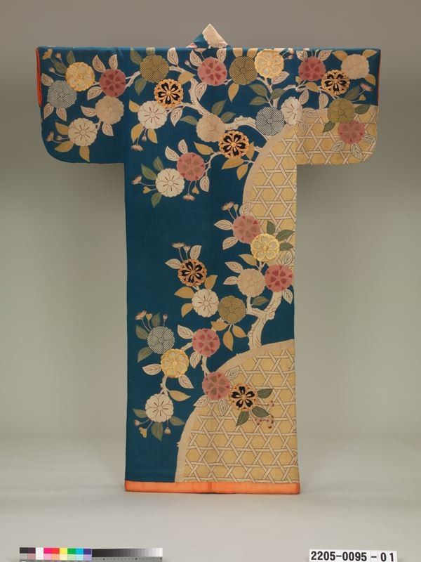 Kimono-Kyoto-to-Catwalk-Image-Courtesy-of-the-Joshibi-Art-Museum-2-53-1582905798