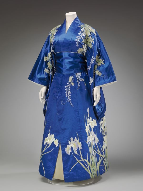 Kimono-Kyoto-to-Catwalk-Image-Courtesy-of-the-Victoria-and-Albert-Museum-London-2-69-1582905802