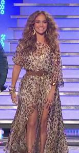 Jennifer-Lopez-in-BM-SS2011-American-Idol-S10-e19-march-2011