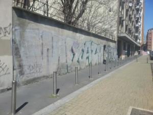il muro di via Sammartini 31 che ospiterà il murales