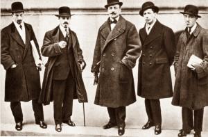 Russolo, Carr_, Marinetti, Boccioni e Severini a Parigi per l'inaugurazione della prima mostra del 1912
