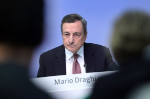 15eco1-draghi-lapresse