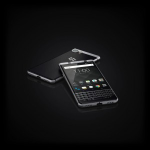 BlackBerry-KEYone-ufficiale-9-1280x1280