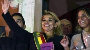 Jeanine Anez, Presidente ad interim della Bolivia: ha deciso per le nuove elezioni.
