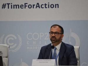 Il ministro dell'Istruzione, Università e Ricerca, Lorenzo Fioramonti alla Cop25 annuncia l'inserimento di classi di sostenibilità a elementari e medie