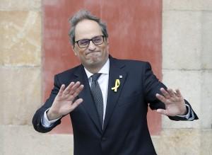 Quim Torra, presdente della Catalogna, è stat condannato per disobbedienza dal Tribunale Supremo della Catalogna a 18 mesi di interdizione dai pubblici affari.