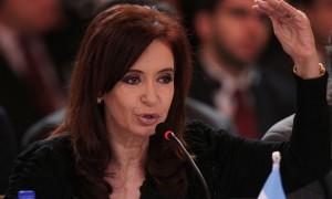 Cristina Kirchner (1953), dal 10 dicembre 2019 è vicepresidente dell'Argentina. Già senatrice dal 1995 al 2005, è stata in seguito presidente della Repubblica argentina dal 2007 al 2015.