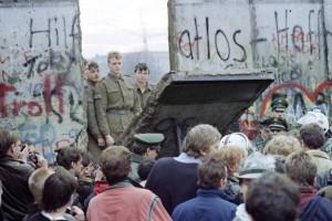 1384001863-muro-berlino-0