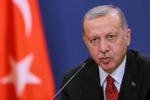 1570646385-erdogan-belgrado-presse