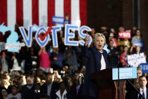 Usa 2016, Hillary Clinton in campagna elettorale in Michigan