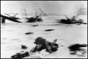 robert-capa-dday-face-in-the-surf